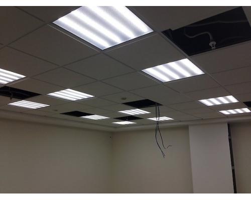 Светильники в потолок Армстронг 600x600мм